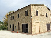 farmhouse cupramontana